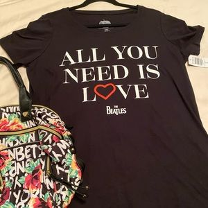 Torrid All you need is Love